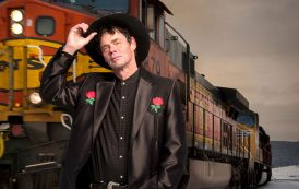 Mash-up of music and comedy from Rich Hall