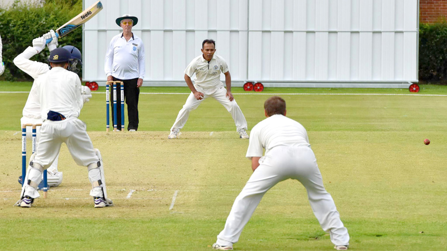 Bowlers lift Bountymen's prospects of promotion