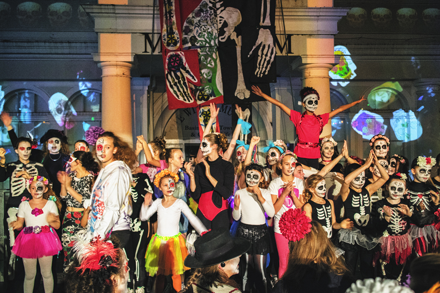 Flashmob to star in Day of the Dead parade