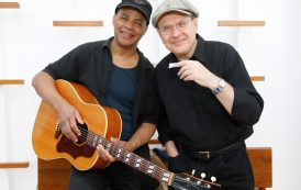 Take the last train with blues duo