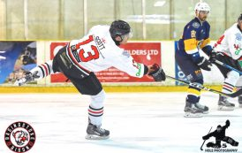 Bison sting Bees in easy win