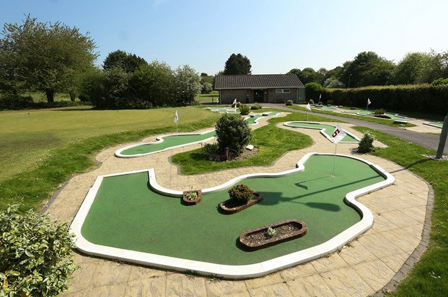 Mini golf course to get medieval revamp